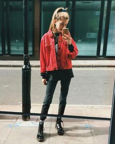 💙 Get free feedback on your own looks & rate other outfits 💙 How many stars would you rate this look ? Rate fashion and get feedback on your style from all over the world 🌎 The Grunge Outfits, Casual Outfits, Cute Outfits, Fashion Outfits, Glam Rock, Kids Fashion, Winter Fashion, Summer Dress, Red Jeans