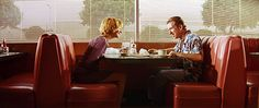Tarantino signatures: restaurant conversations - Pulp Fiction (1994)