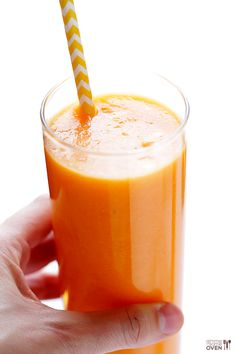 Carrot Pineapple Smoothie   gimmesomeoven.com