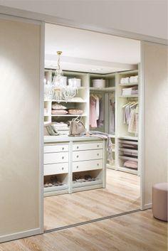 Marvelous Details zu begehbarer Kleiderschrank KLEIDERSTANGE Kleiderst nder GARDEROBEZIMMER Art W Open wardrobe Hanging shelves and Master closet
