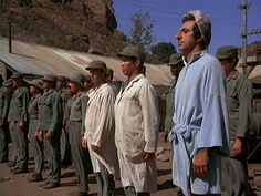 M*A*S*H: Season 3, Episode 12 A Full Rich Day (3 Dec. 1974)  Jamie Farr , Corporal Maxwell Q. Klinger, mash, 4077,