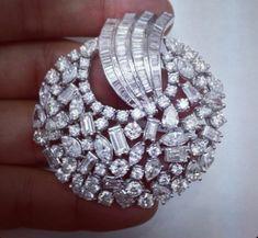 India Jewelry, Jewelry Art, Gold Jewelry, Jewelery, Fine Jewelry, Bridal Jewelry, Jewelry Design, Vintage Jewelry, Pendant Set