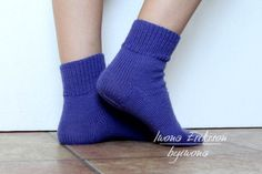 Kurs skarpet na drutach Socks, Fashion, Moda, Fashion Styles, Sock, Stockings, Fashion Illustrations, Ankle Socks, Hosiery