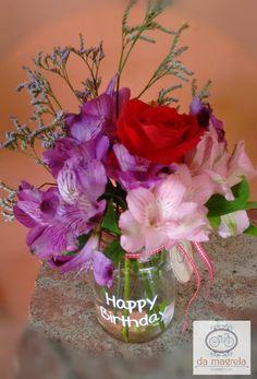 "Pote ""HAPPY BIRTHDAY"" #espalhandoflorporondefor #maisflorporfavor #damagrelapaisagismoeflores❣️ Fone: (18) 3222-4280 Whats: (18) 99710-7731"