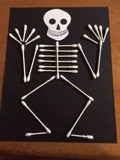 More DIY Halloween Crafts and Decorations – Cotton Swab Skeleton . More DIY Halloween Crafts and Decorations – Cotton Swab Skeleton . Kids Crafts, Fall Crafts For Kids, Toddler Crafts, Creative Crafts, Preschool Crafts, Art For Kids, Easy Crafts, Science Crafts, Creative Ideas For Kids