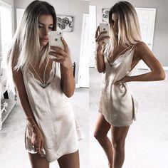 model (@kelsrfloyd) • slip by @sistersthelabel <silk slip with lace bralet…
