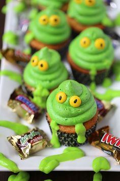 15 Fun and Adorable Halloween Cupcakes – Community Table