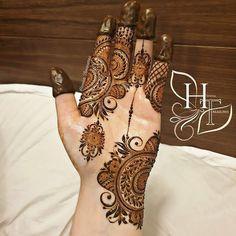 Modern Henna Designs, Mehndi Designs For Kids, Mehndi Designs Feet, Back Hand Mehndi Designs, Stylish Mehndi Designs, Latest Bridal Mehndi Designs, Henna Art Designs, Mehndi Designs For Beginners, Mehndi Designs For Fingers