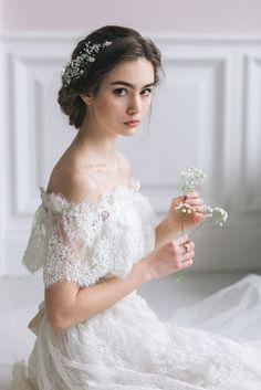 Wedding Hair And Makeup, Bridal Makeup, Bridal Hair, Wedding Looks, Wedding Make Up, Dream Wedding, Girl Photography Poses, Wedding Photography, Bridal Dresses