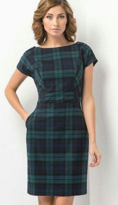 Take a look at the best Plaid dress in the photos below and get ideas for your outfits!Plaid dress best outfits - Page 17 of 100 - cute dresses outfitsTartan Sheath for Dresses Skirts To Not Miss Today - Luxe Fashion New Trends Stylish Dresses, Cute Dresses, Casual Dresses, Short Sleeve Dresses, Formal Dresses, Casual Outfits, Beautiful Dresses, Evening Dresses, Mode Tartan