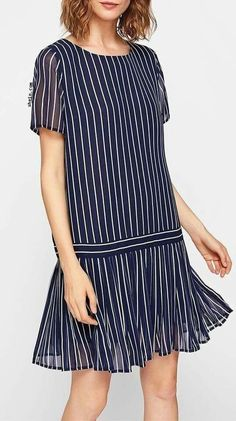 Pleated Hem Mixed Stripe Dress 29 Unique Street Style Looks You Will Definitely Want To Keep – Pleated Hem Mixed Stripe Dress Source Simple Dresses, Day Dresses, Cute Dresses, Casual Dresses, Short Dresses, Fashion Dresses, Summer Dresses, Casual Outfits, Business Dresses