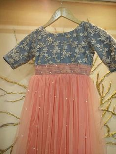 Here are Baby Girls Fancy Dresses. We are just shareing these for ideas. If you want to buy them contact us we'll help you to find these dresses in good p… Baby Girl Dresses Fancy, Frocks For Girls, Girls Dresses, Baby Girls, Baby Dresses, Kids Dress Wear, Kids Gown, Party Wear Dresses, Kids Wear