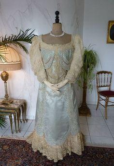 WORTH Evening or Ball Gown, House of Worth, Victorian Dress, Antique Gwon, Antique Dress, Antikes Kleid, Paris, ca. 1894