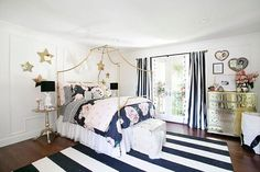 Jessica Alba treats daughters Honor and Haven to bedroom makeovers #dailymail