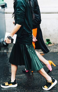 8+Work+Outfits+You+Can+Wear+With+Sneakers+via+@WhoWhatWearUK