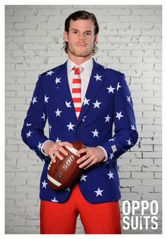 The OppoSuits Stars and Stripes Suit for Men is the best 2019 Halloween costume for you to get! Everyone will love this Mens costume that you picked up from Wholesale Halloween Costumes! Star Citizen, American Flag Suit, Suits You, Mens Suits, Superman, Festivals, Patriotic Costumes, Affordable Suits, Fit Star