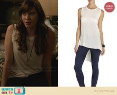 Charlotte's white high-low tank top on Revenge.  Outfit Details: http://wornontv.net/30274/ #Revenge