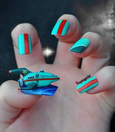 Futurama Nail Art - The Planet Express Ship