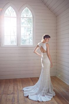wedding gown with rows of sequins, http://ruffledblog.com/karen-willis-holmes-wedding-dresses #weddingdress #karenwillisholmes