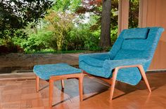 more blue Mid century chair goodness