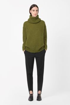 Oversized roll-neck jumper