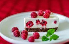Ízvarázs: Málnás joghurttorta (sütés nélkül) Cake Cookies, Tiramisu, Panna Cotta, Raspberry, Cheesecake, Food And Drink, Sweets, Diet, Baking