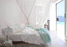 Bain de lumière dans la chambre - Une maison ouverte sur la mer - Elle Décoration