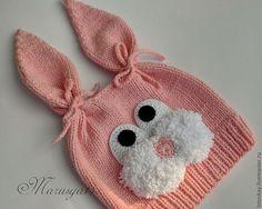Картинка Baby Hats Knitting, Knitting Wool, Baby Knitting Patterns, Baby Patterns, Knitted Slippers, Knitted Hats, Shrug Pattern, Knit Baby Dress, Bunny Hat