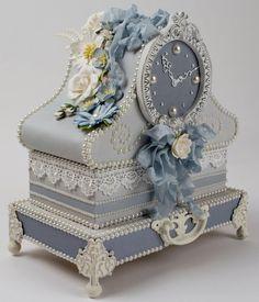 Table Clock Gift Box: via Tara's Craft Studio...create your own, make your own magic (http://tarascraftstudio.com/)