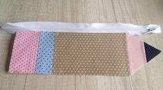 Passo à Passo Estojo em Forma de Lápis   Vivartesanato Tutorial Diy, Pencil Pouch, Zipper Pouch, Outdoor Blanket, Quilts, Stitch, Sewing, Crafts, Bags