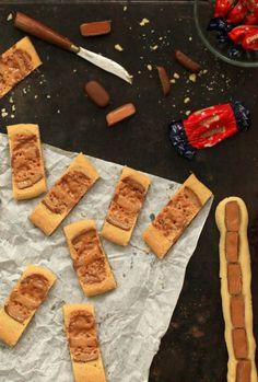 Sitkeät dumle pikkuleivät | Leivonta, Makea leivonta | Soppa365 Dairy, Cheese, Cookies, Baking, Sweet, Food, Crack Crackers, Candy, Biscuits