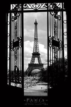 Eiffel Tower in 1909-Paris-Black and White, Photography Poster Print, 24 by 36-Inch: Home & Kitchen