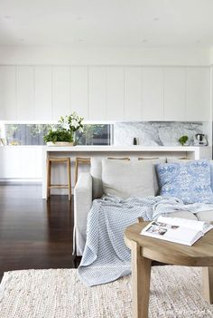 Kitchen Living Room Blue and white minimalism House Design, Home Bar Decor, Home And Living, Decor, Interior Design, House Interior, Home Living Room, Home, Interior