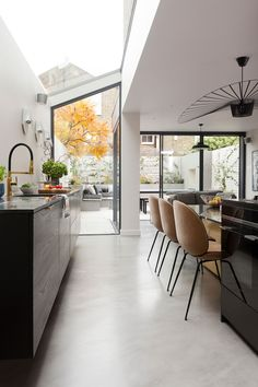 Planning a kitchen extension? We'll take you from A to Z Kitchen extensions: how to plan, cost and design your kitchen extension Home Design, Interior Design Tips, Design Your Kitchen, New Kitchen, Kitchen Island, Kitchen Ideas, Cabana, Side Return Extension, House Extensions