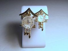 VINTAGE GRANDFATHER & GRANDMOTHER COO COO CLOCK PINS MOTHER OF PEARL
