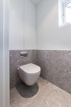 Home Interior Warm .Home Interior Warm Washroom Design, Bathroom Interior Design, Interior Modern, Bathroom Toilets, Bathroom Renos, Bad Inspiration, Bathroom Inspiration, Modern Bathroom, Small Bathroom