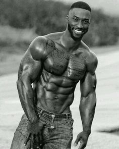 It is not easy to build muscle. So, it's essential to maximize every minute you spend muscle building by making sure you are using the right techniques. Fine Black Men, Gorgeous Black Men, Hot Black Guys, Handsome Black Men, Black Boys, Fine Men, Hot Guys, Handsome Man, Dark Man