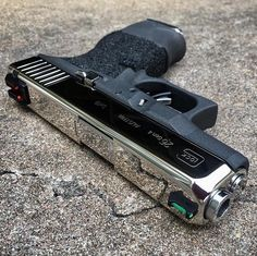 Airsoft hub is a social network that connects people with a passion for airsoft. Talk about the latest airsoft guns, tactical gear or simply share with others on this network Glock Guns, Weapons Guns, Guns And Ammo, Zombie Weapons, Custom Guns, Custom Glock 19, Custom Revolver, Shooting Guns, Fire Powers