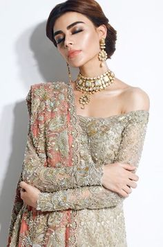Trendy Wedding Dresses Pakistani Hair Source by dress pakistani Pakistani Hair, Pakistani Wedding Dresses, Pakistani Outfits, Indian Dresses, Indian Outfits, Muslim Wedding Dresses, Best Wedding Dresses, Trendy Wedding, Wedding Ideas