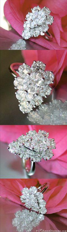 High-end Diamond Ring, 2,32 ct. G-VVS WG18K - Visit: schmucktraeume.com - Like: https://www.facebook.com/pages/Noble-Juwelen/150871984924926 - Mail: info@schmucktraeume.com