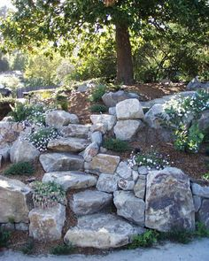 Amazing Rock Garden Ideas For Backyard 44 - TOPARCHITECTURE