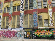 An Artists' Haven, and the Graffiti Building of LIC | museworthy