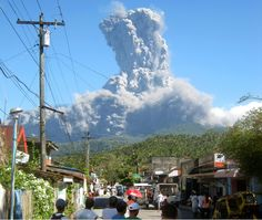 Volcano eruption – The fury that is nice to watch from far away, but when it comes time to leave then everyone must leave. Weekender, Time To Leave, Lava Flow, Photo Memories, Time Photo, Far Away, Mother Nature, Videos, Mount Rushmore
