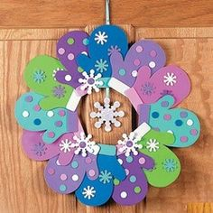 Christmas Winter Mitten Glove Wreath Craft Kit for Kids | eBay ~ Could do this in the classroom!