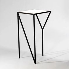 New York tall table