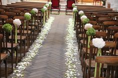 par France Fleurs grâce au somptueux travail D'Event By Lili by France Fleurs thanks to the sumptuous work of Event By Lili Wedding Ceremony Ideas, Church Wedding Ceremony, Marriage Reception, Indoor Ceremony, Church Aisle Decorations, Trendy Wedding, Backdrops, Wedding Flowers, Batangas
