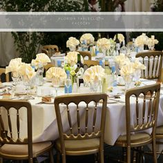 TABLE SETTING AND COLORS  For choosing the best #palette just think of hues linked with nature, the season and your theme. For example, you can pick #colors like burgundy, navy blue or sandy white, apple green or lemon. Incorporate these colors in your #linens, #arrangements and placecards. Keep in mind that metallic elements could provide a great accent, select ítems like metallic flatware or #napkin rings. Combine and stand out!  Remember that our table linens are available for you! Visit…