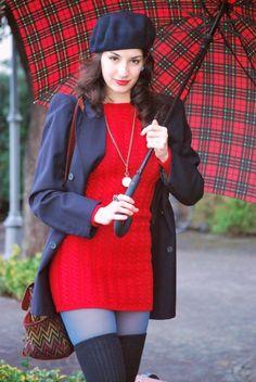 Naima Amarilli on Gioco di Donne, tricot red dress