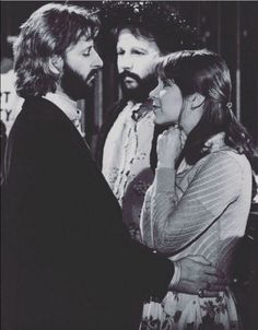 I CAN'T EXPRESS HOW MUCH I LOVE THIS PHOTO! Ringo with Carrie