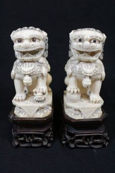 Pair Chinese ivory carved fulion : Lot 301